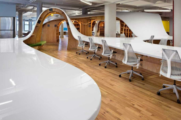 worlds-largest-desk